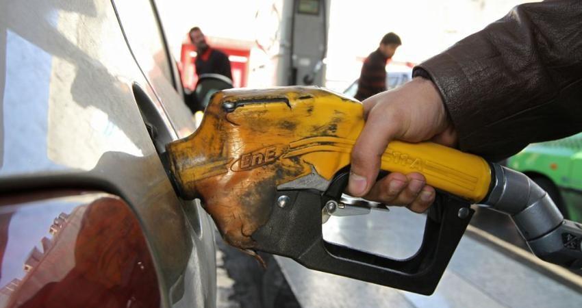 نرخ جدید بنزین در انتظار تصمیم دولت