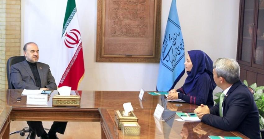 توسعه همکاری های گردشگری ایران و اندونزی