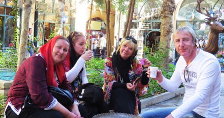ایران مقصدی امن و آرام برای گردشگران خارجی