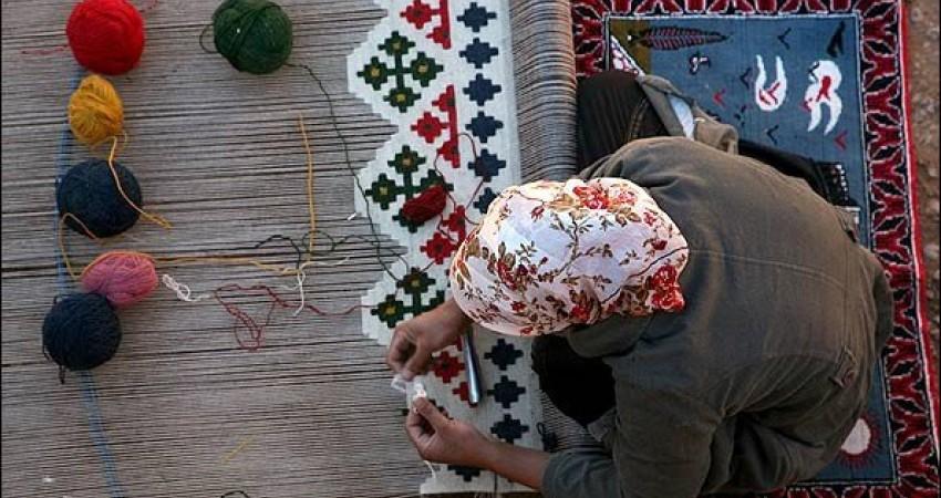 صنایع دستی در کشور ما مظلوم و محروم واقع شده است