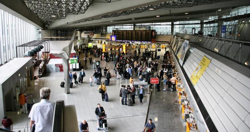 یوگای رایگان برای مسافران فرودگاه فرانکفورت!