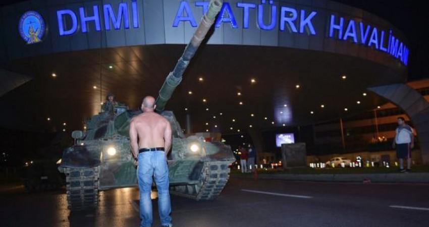 خسارت کودتای ترکیه به گردن مسافران و ایرلاین های ایرانی!