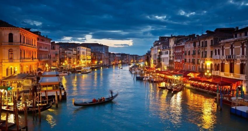نگرانی ایتالیایی ها از افزایش شمار گردشگران!