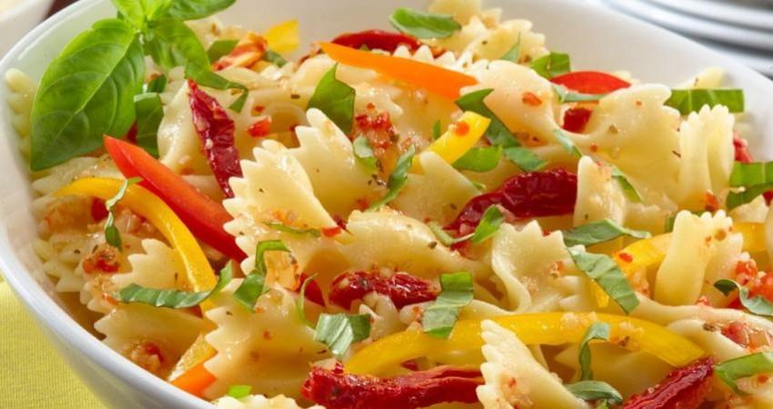 فهرست 10 غذای پر طرفدار جهان