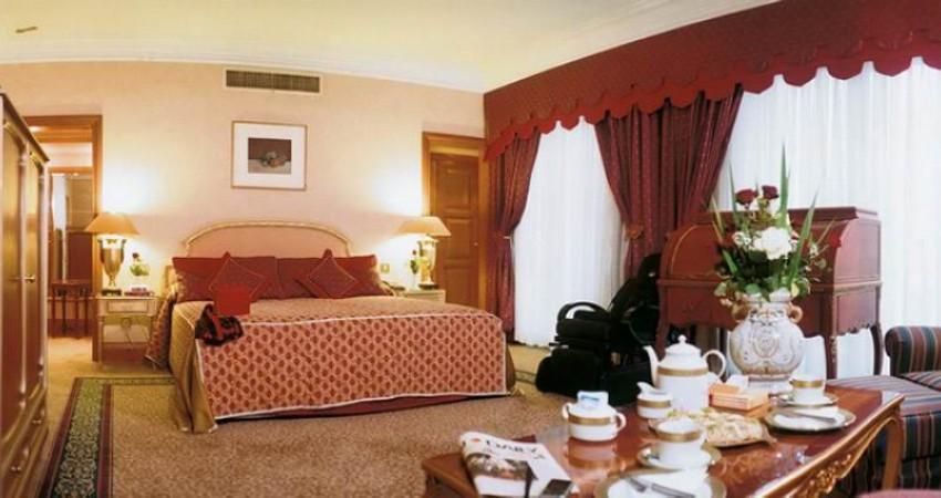 درجه 50 درصد از هتل های کشور افتخاری و دروغ است