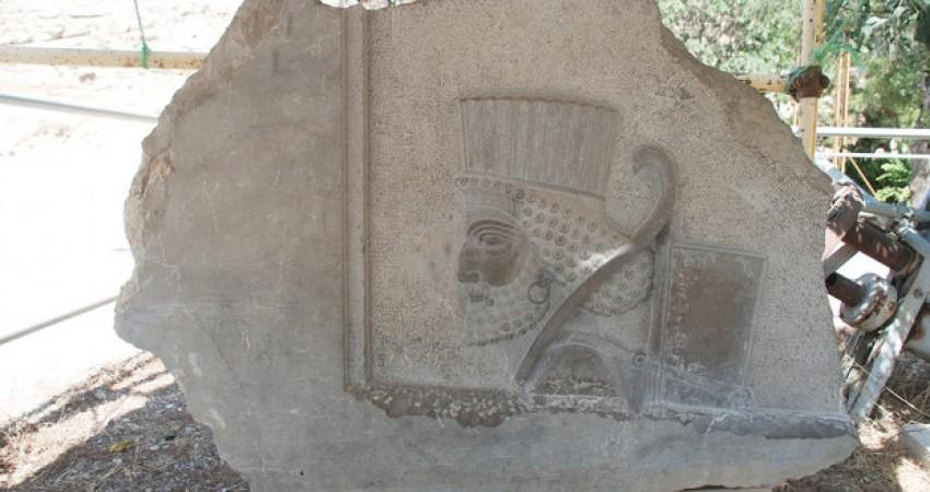 بازآفرینی سرباز هخامنشی با ابزار 2500 سال قبل