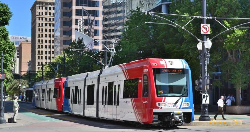 LRT جایگزین برخی خطوط BRT می شود
