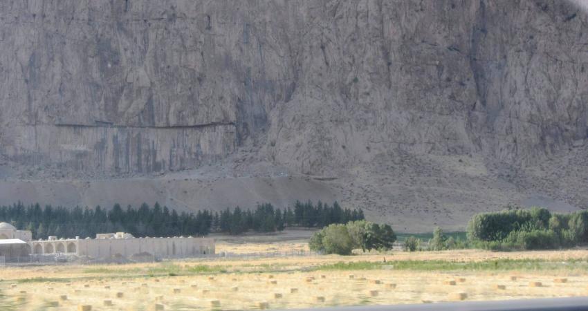مسیر بیستون - کرمانشاه یک مسیر گردشگری بی نظیر در کشور است