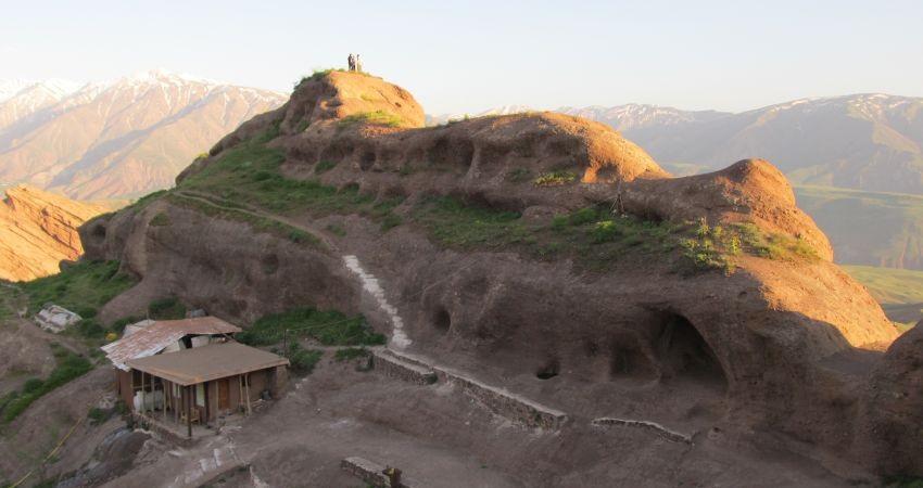 قلعه الموت؛ ایستاده بر شانه های تاریخ