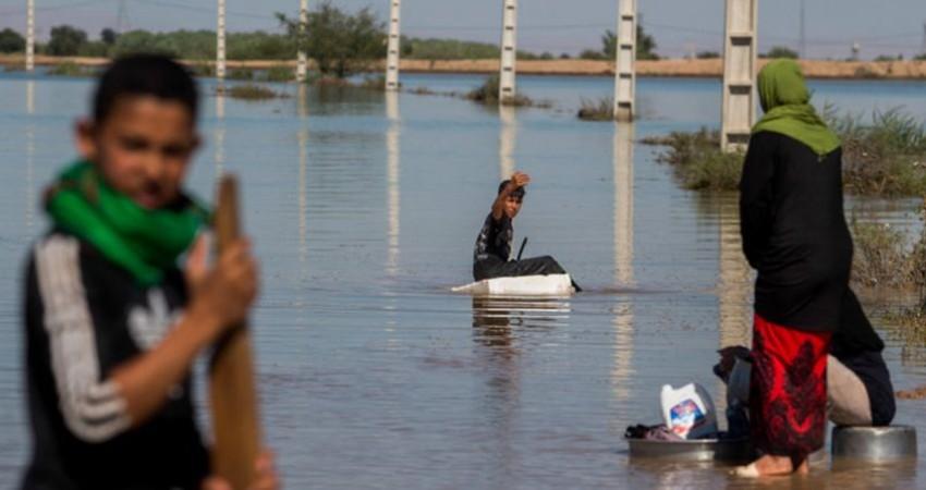 مسافران در حاشیه رودخانه ها چادر برپا نکنند