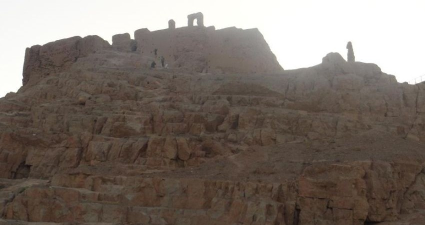 محوطه باستانی کوه صفه قربانی سازه های گردشگری می شود