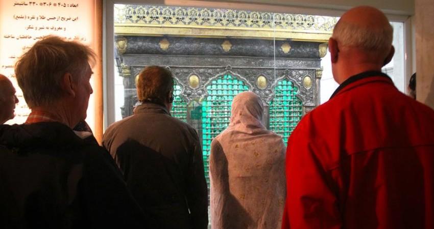 ورود دو میلیون و 500 هزار گردشگر مذهبی در سال به ایران