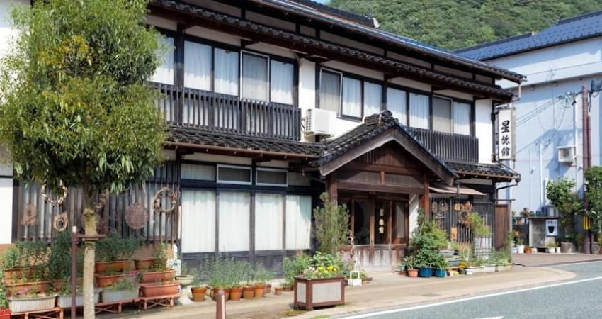 """آشنایی با """"هوشی ریوکان"""" قدیمی ترین هتل جهان"""