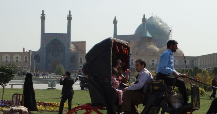 اگر گردشگران اصفهان فقط 10 درصد بیشتر شود؟!
