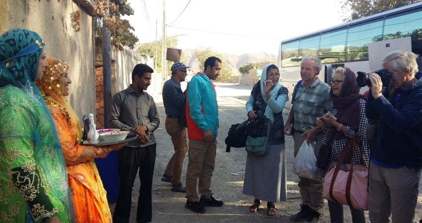 شکست سقف شیشه ای در گردشگری ایران