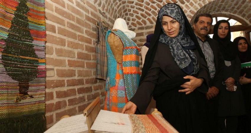 لزوم توجه مناطق هشت گانه اقتصادی کرمان به گردشگری