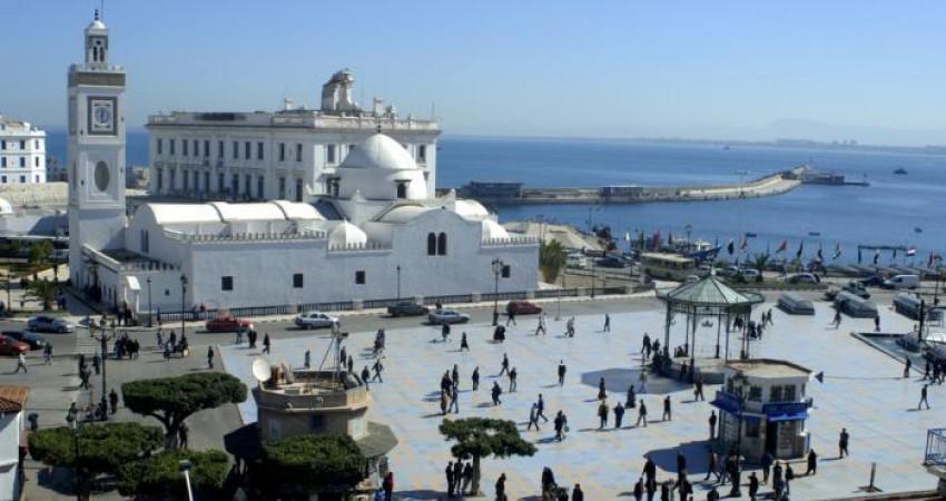 سیاست الجزایر در تغییر تعطیلات