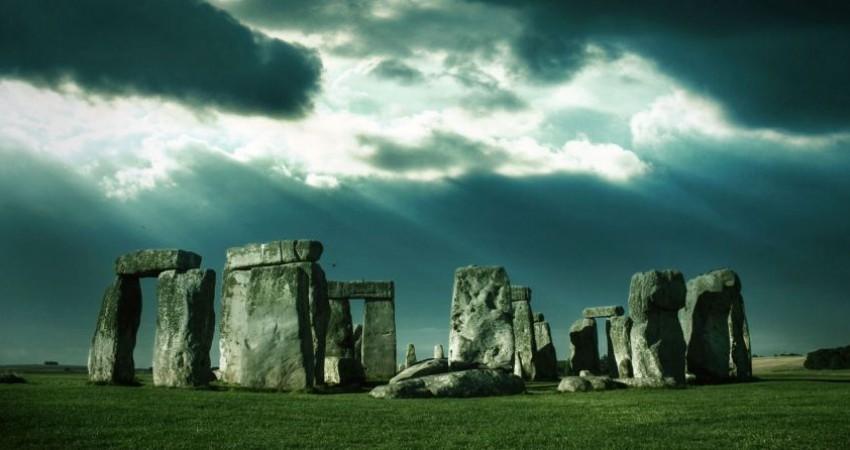 کشف بنای 5600 ساله در نزدیکی «استون هنج»