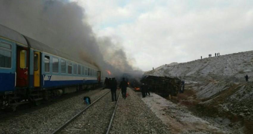 جزییات تصادف قطارها در سمنان / آمار کشته ها 30 تا 40 نفر