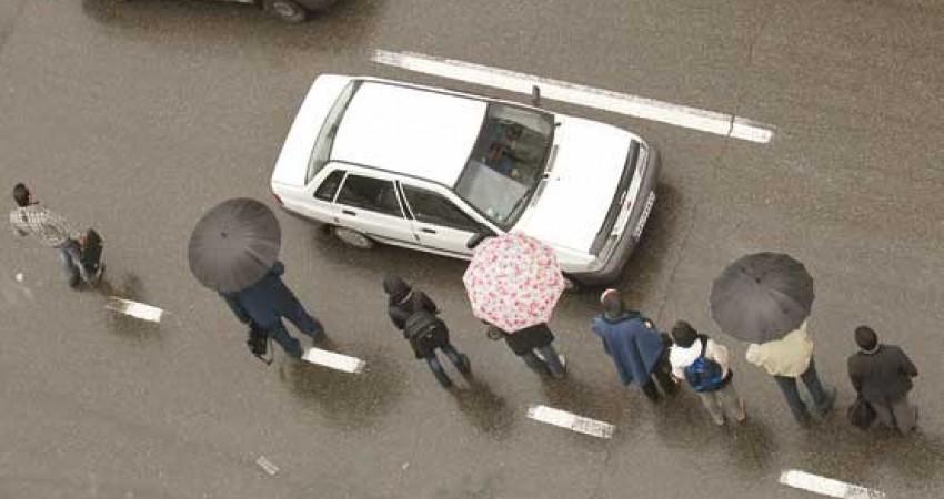 امنیت اقتصادی تاکسیرانان زیر چرخ مسافربرهای شخصی