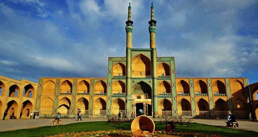 نگاه مثلث گردشگری ایران باید نگاهی جهانی باشد