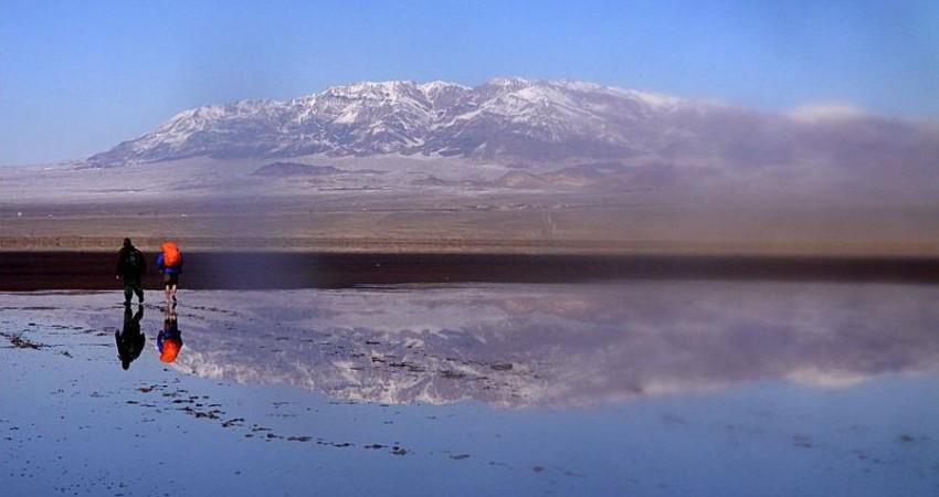 درخواست نوری همدانی برای تبدیل دریاچه نمک قم به جاذبه گردشگری