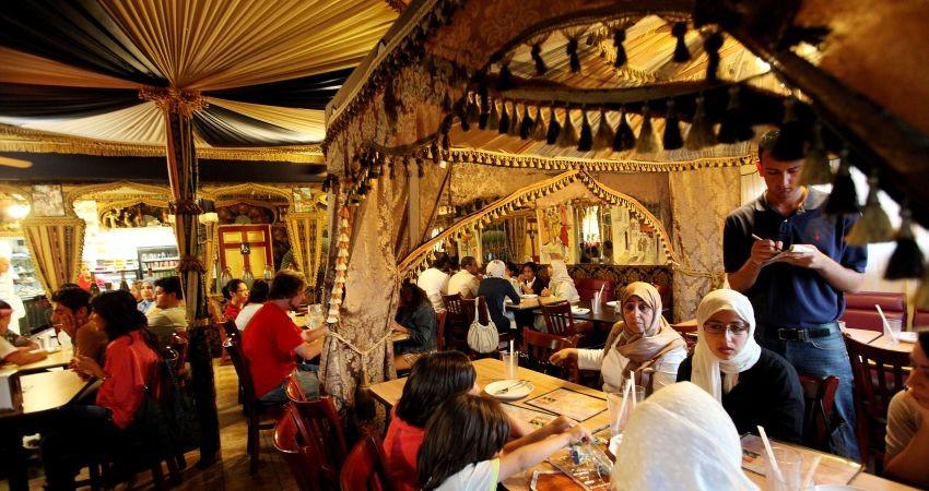راهکارهای موثر برای جلب مشتری در رستوران