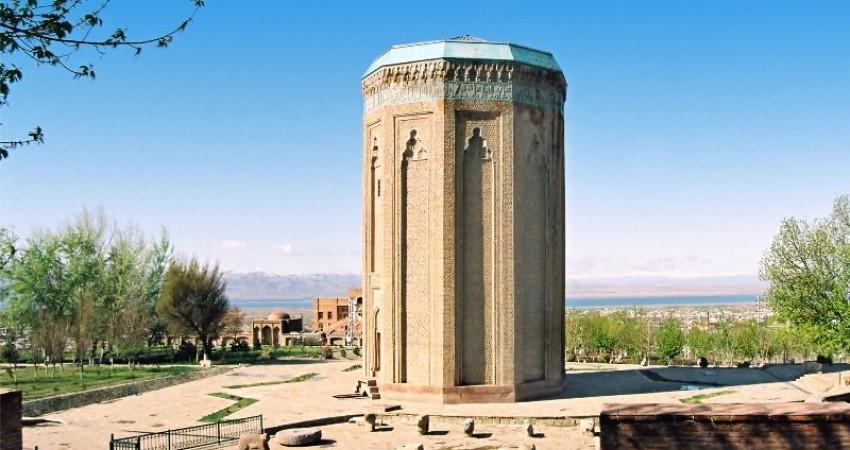 همکاری گردشگری نخجوان و آذربایجان غربی