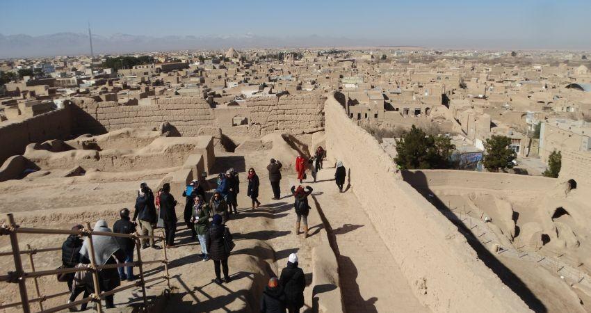 سفیران صلح در «نارین قلعه» شهر میبد