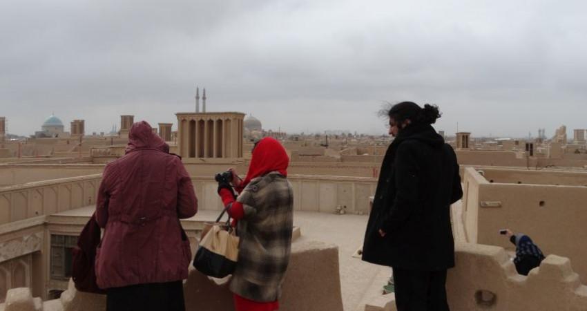 بازدید راهنمایان گردشگری جهان از جاذبه های گردشگری و تاریخی یزد