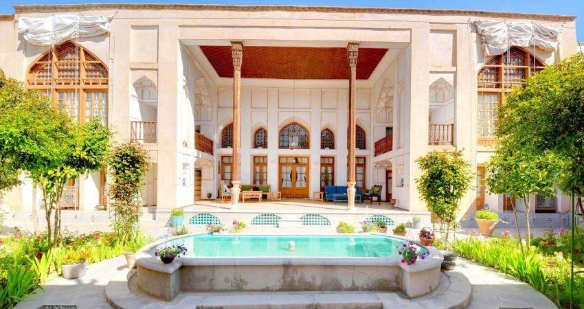 سازمان میراث فرهنگی از ایجاد اقامتگاه های بوم گردی حمایت می کند