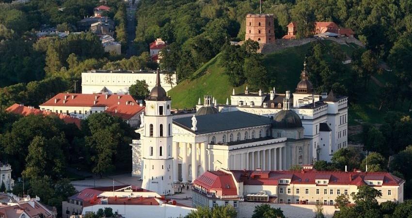 تبلیغ گردشگری لیتوانی با عکس های جعلی