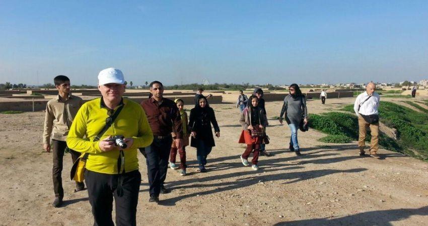 بستن قرارداد با راهنمایان گردشگری اجباری شد