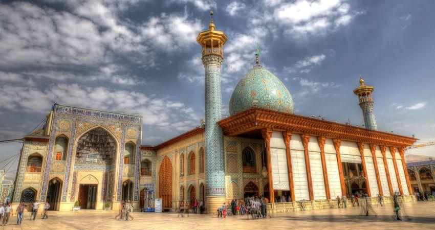 «گردشگری و معنویت» برند نوروز 96 استان فارس شد