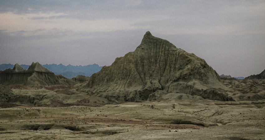 از کوه های مریخی تا برکه تمساح های ایرانی