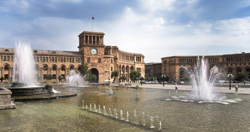 مذاکرات سفارت ایران با آژانس های گردشگری ارمنستان