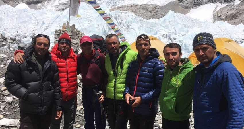 صعود تاریخی کوهنوردان ایران به قله لوتسه