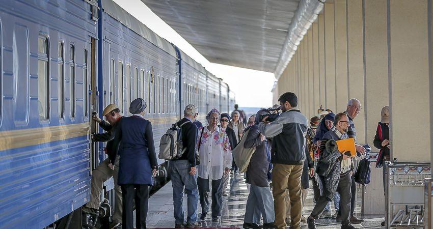 """""""هتل 5 ستاره چرخ دار"""" با مسافرانی تازه در ایران"""