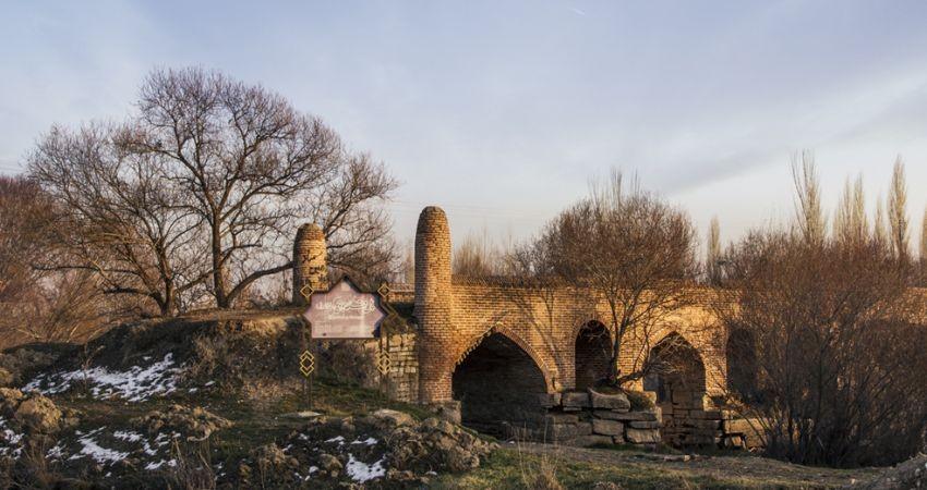 پل های تاریخی آذربایجان غربی از سیل اخیر آسیبی ندیدند