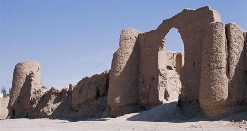 مستندنگاری بیش از 10 اثر تاریخی «نوش آباد»