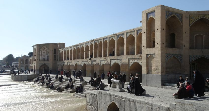 نبود زیرساخت های گردشگری جذب 20 میلیون گردشگر در ایران را ناممکن کرده است