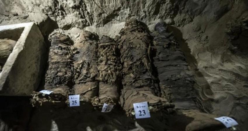 کشف 17 مومیایی چندهزار ساله در مصر