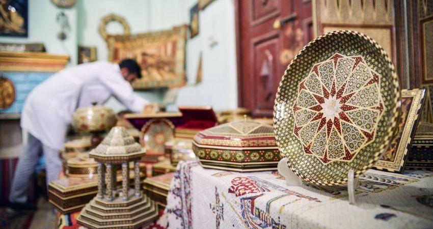 شیراز به زودی شهر ملی و جهانی خاتم می شود