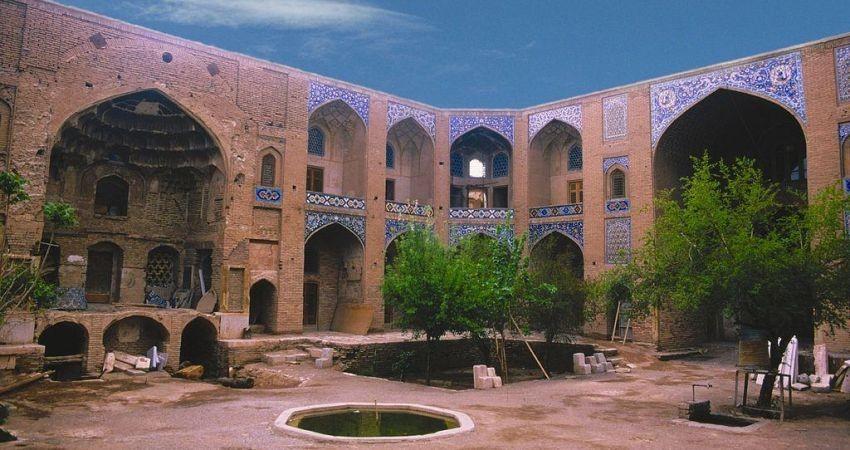 قنات ها، کاروانسراها و آب انبارهای کرمان جان تازه ای می گیرند