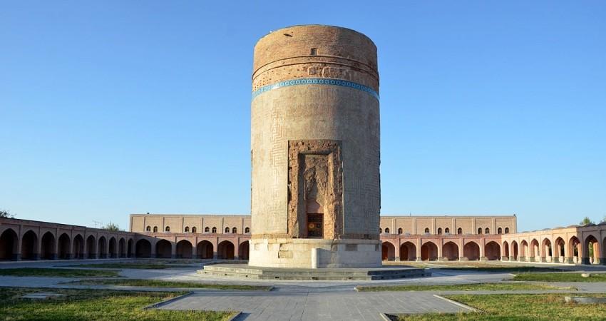 زلزله به آثار تاریخی اردبیل آسیبی نرساند