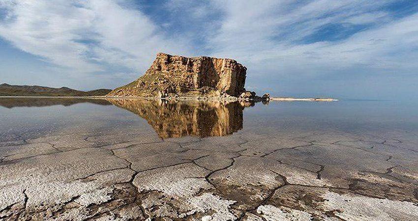 300 میلیون مترمکعب آب از سدها به دریاچه ارومیه رها می شود