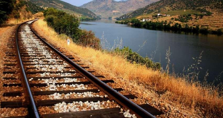 استاندار ریل ملی تایید نشده است