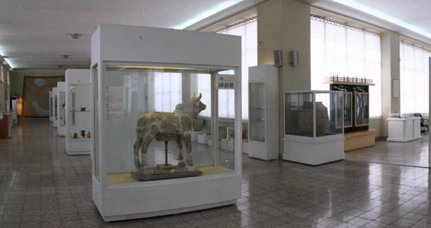 موزه ملی ایران با «لوور» رکورد شکست