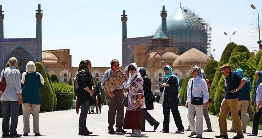 تمام سفارتخانه های ایران در خدمت گردشگری هستند