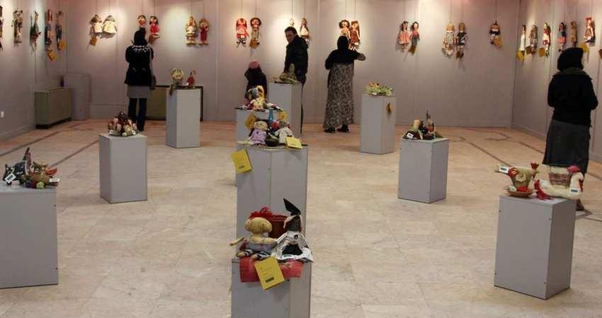برپایی نمایشگاه «عروسک در گذر زمان» در موزه برج آزادی